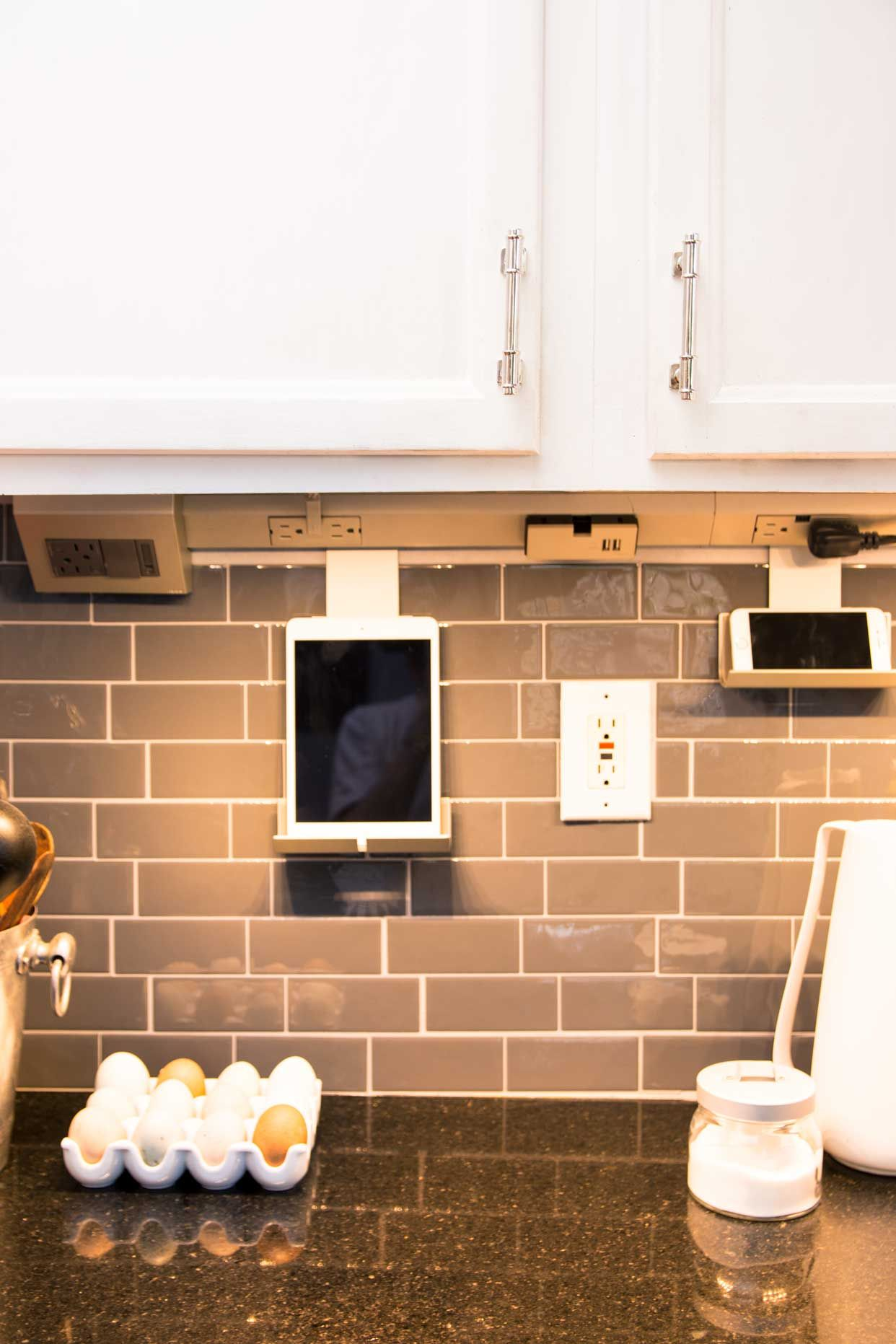 Undercabinet kitchen lighting with legrand