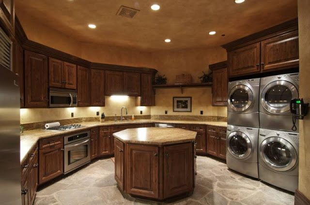 I would be so productive with a laundry room like this!