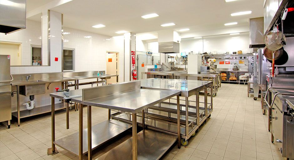 Looking For The Commercial Kitchen Equipment Suppliers In Mumbai We Are Sujata Enterpr Kitchen Lighting Design Commercial Kitchen Equipment Hotel Kitchen