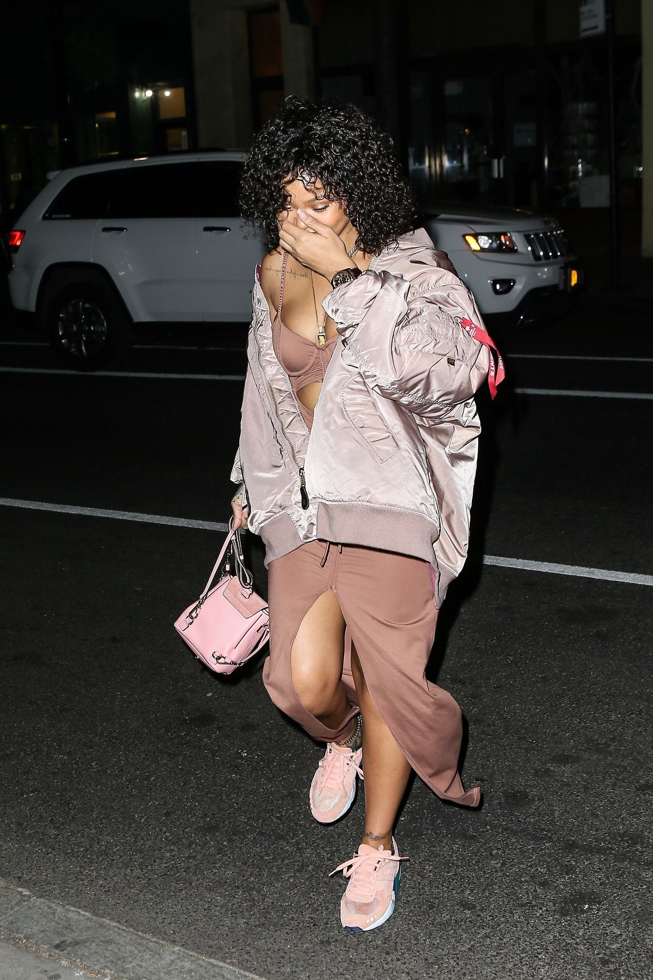 794c95fb3 Rihanna arriving at the Electric Lady Studios in New York City. (October  21, 2017)