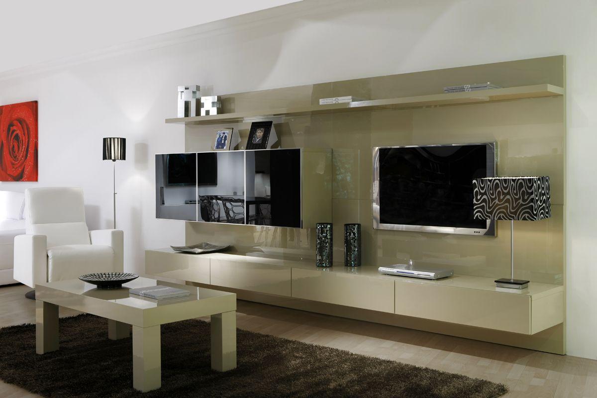 Composici n 17 composici n modular panelada con una combinaci n de acabados en laca y puertas de - Interiorismo salones modernos ...