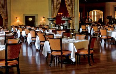 Tips And Tidbits From The Food And Beverage Outlets At The Venetian And The Palazzo Las Vegas Palazzo Las Vegas Vegas Restaurants Fine Dining