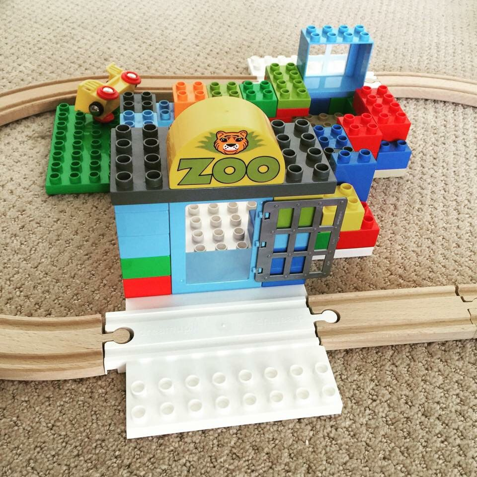 Make A Fun Zoo With Dreamup Toys Block Platform That Combines