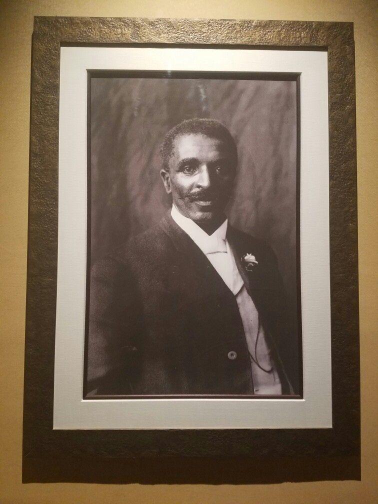 Beautiful picture of George Washington Carver at the Trademark Restaurant in the Westin Alexandria (Hotel). Alexandria, VA 7/7/16 ♡Nneka