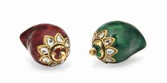 TWO MINIATURE ENAMELLED GOLD SCENT BOTTLES INDIA, 19TH/20TH CENTURY