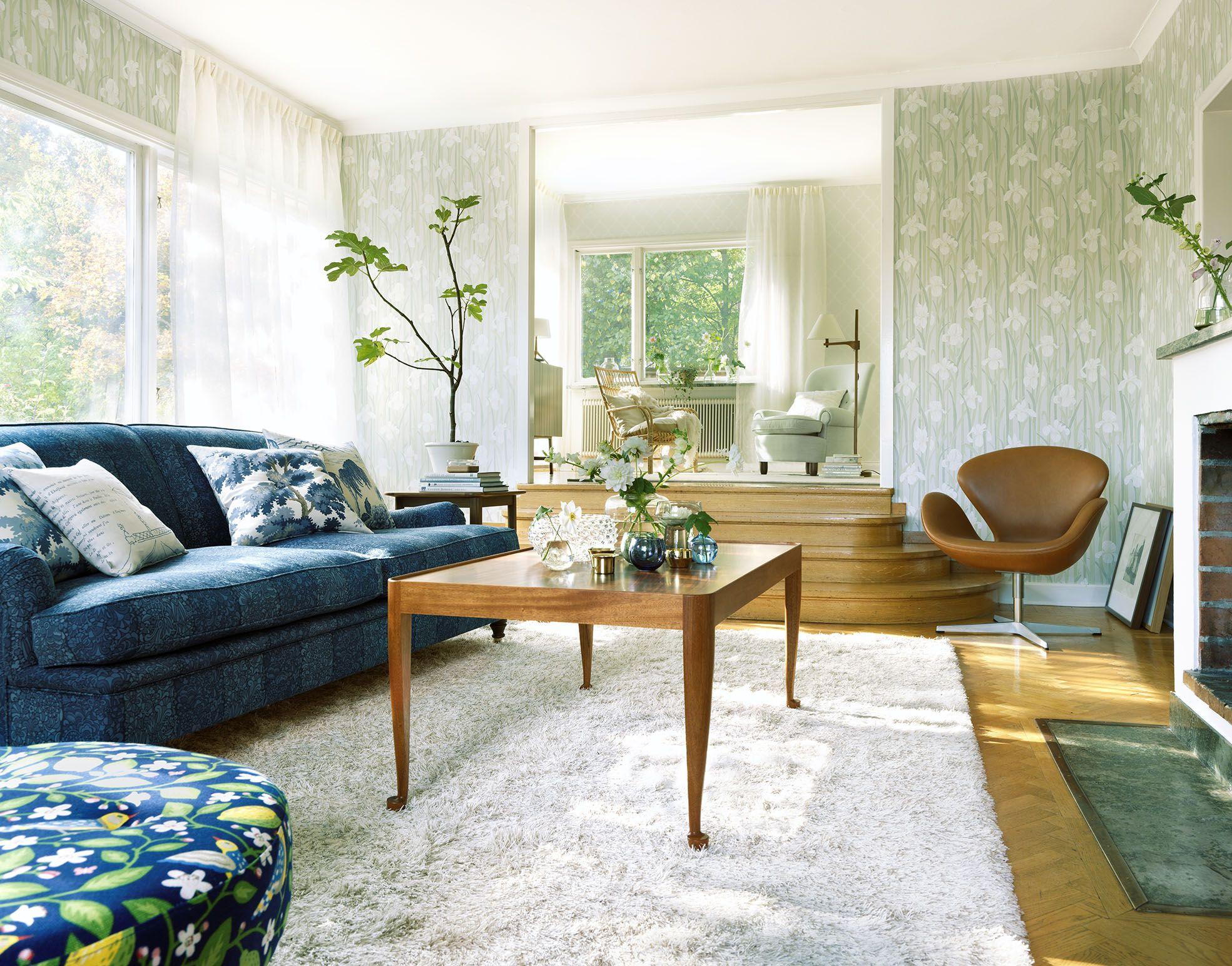 Sandberg Wallpaper and Fabric Livingroom with wallpaper Iris Fabric: Ian, Amalfi, Raphaela and Kina Slott