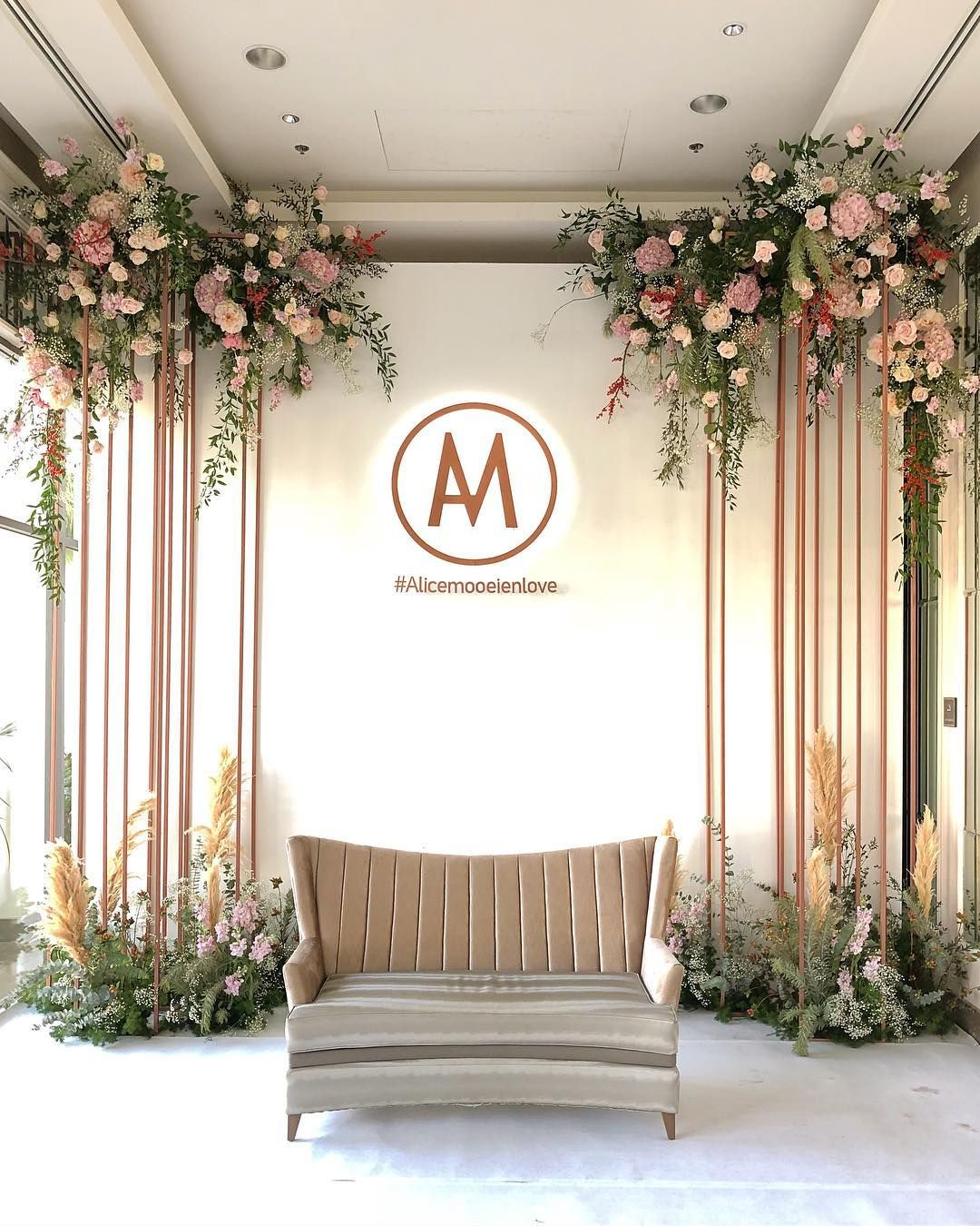 Photo Backdrop Wedding In THAILAND Reception : 02:12:60