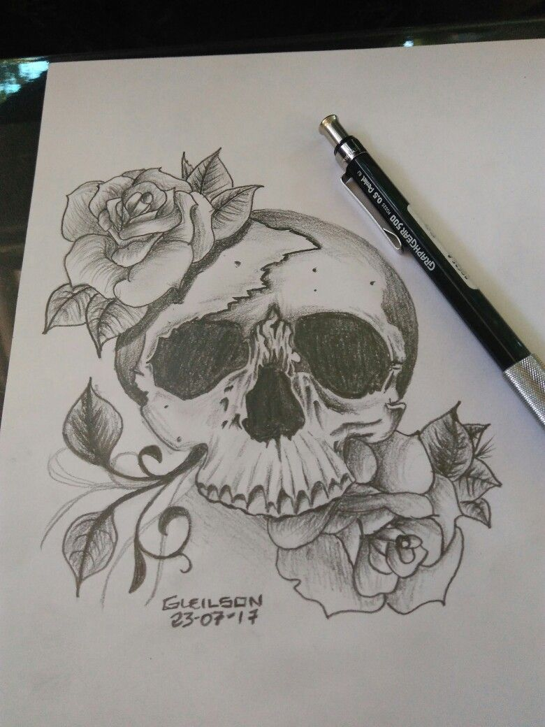 Caveira...ideia para Tattoo, desenho rápido sem muito detalhe.