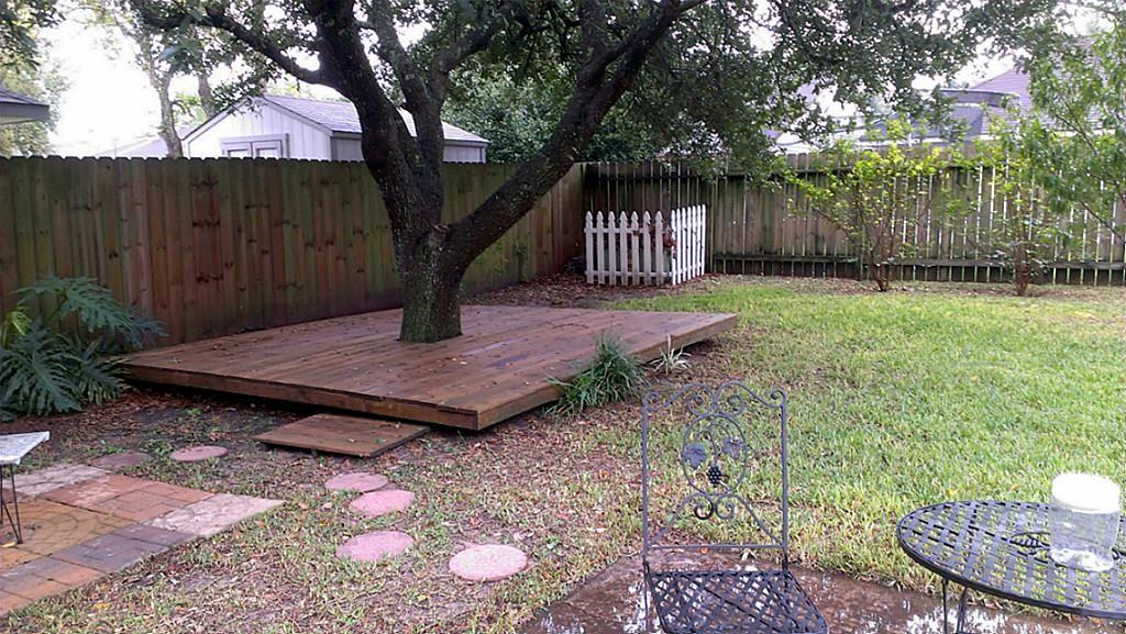 terrasse autour d 39 un arbre jardin pinterest terrasses jardins et ext rieur. Black Bedroom Furniture Sets. Home Design Ideas