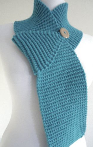Multifunctional Buttoned Scarf Easy Knitting Pattern Garter Stitch