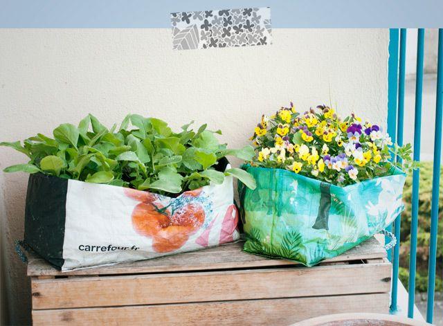 Diy Fabriquer Une Jardiniere Dans Un Sac De Courses Diy Pot De