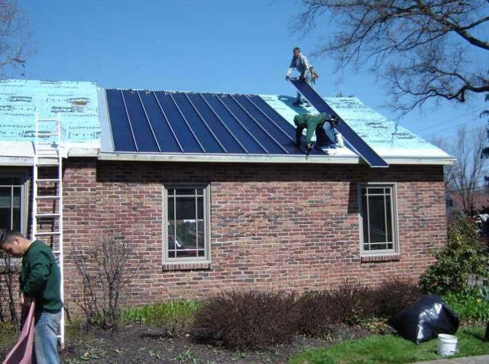 Integrated Solar Installation Of Solar Metal Roofing Consists Of Cleaning The Inside Of The Metal Roof In 2020 Best Solar Panels Solar Panels Thin Film Solar Panels