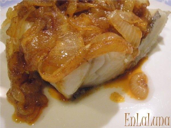 Bacalao al horno bacalhau assado pescados y mariscos - Cocinar merluza al horno ...