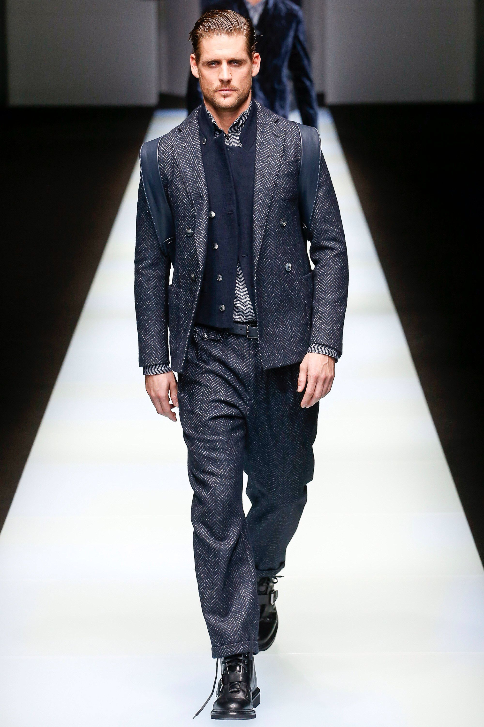 4df85b8091 Giorgio Armani Fall 2018 Menswear Fashion Show Collection