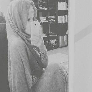 رمزيات بنات محجبات رمزيات صور محجبات بنات جميلة للواتس اب وانستقرام Mirror Selfie Girl Hijab Girl