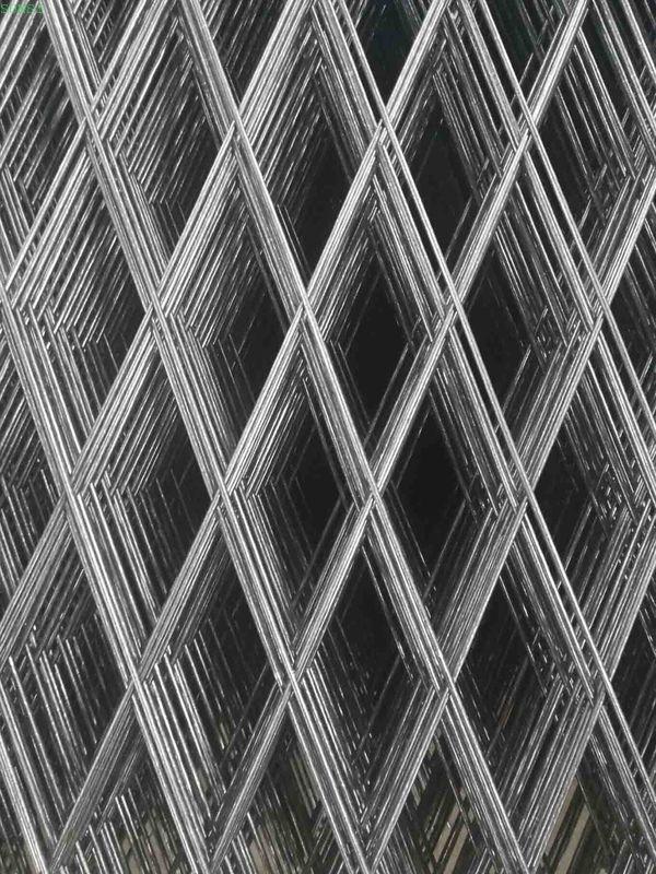 Rhombus Opening Shape Welded Wire Mesh Panel Diamond Mesh Fence China Factory Mesh Fencing Wire Mesh Diamond Mesh