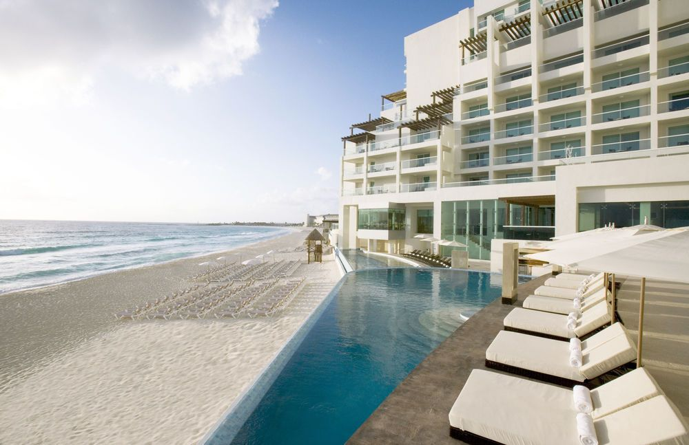 Sun Palace S Only All Inclusive Cancun Honeymoon Vacation And Wedding Planning Made Easy This Is The Resort In