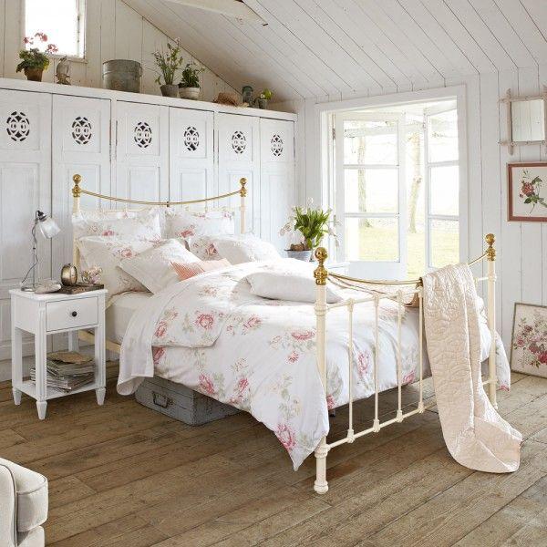 Moderne Designer Betten für schöne Zimmer Eisenbett