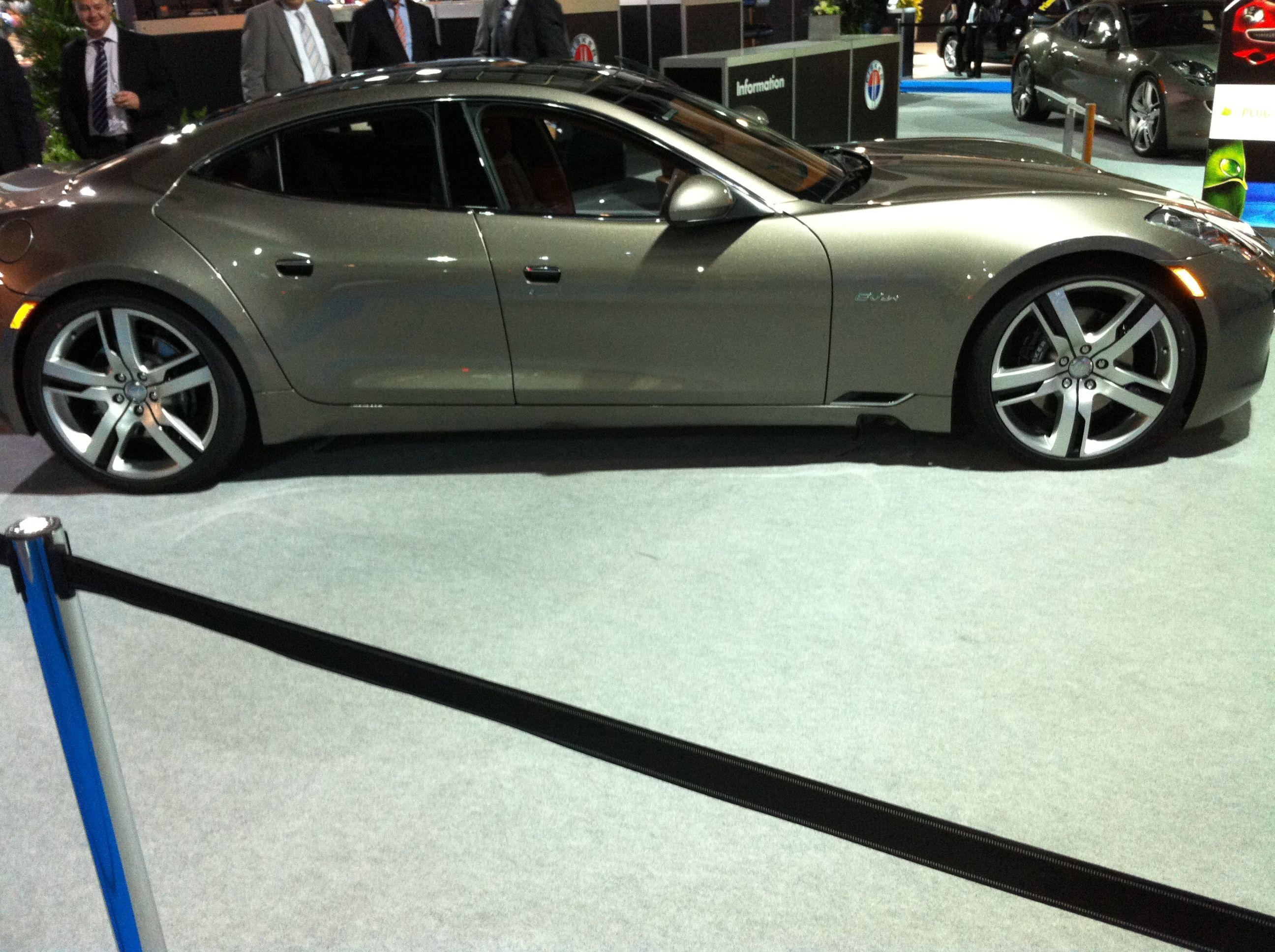 fisker karma mit elektroantrieb und solardach auto z rich 2011 cycle car co pinterest. Black Bedroom Furniture Sets. Home Design Ideas