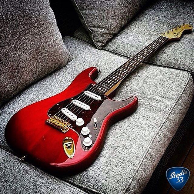 Studio33Guitar — #Straturday continues with this candy apple red... #fenderguitars