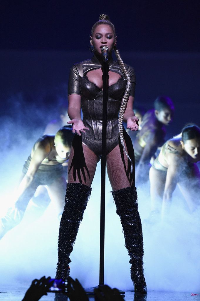 Beyonce Haunted Live