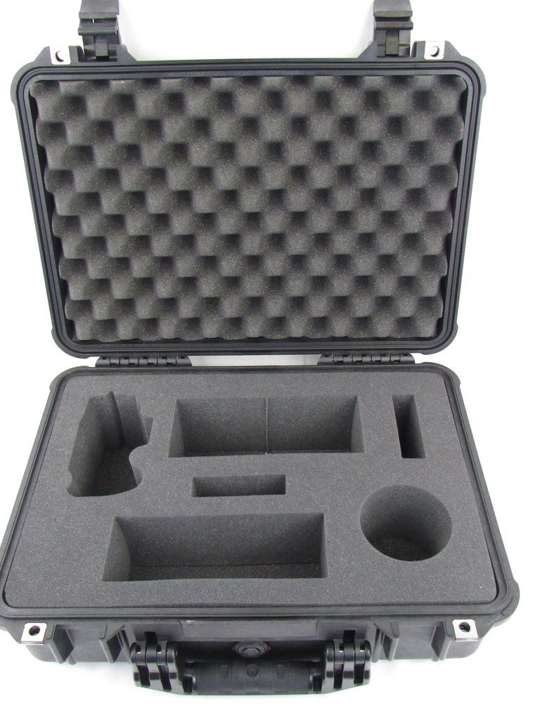 pelican case 1500 with foam insert for canon d800 or d810 lenses and