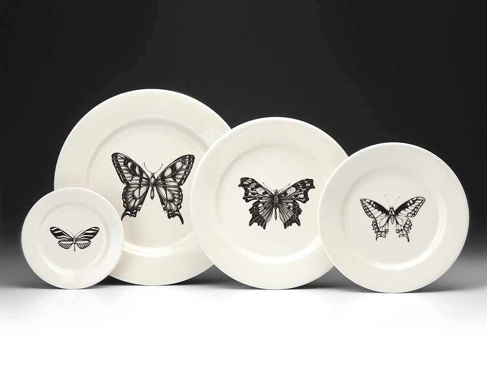 Laura Zindel Dinnerware Set