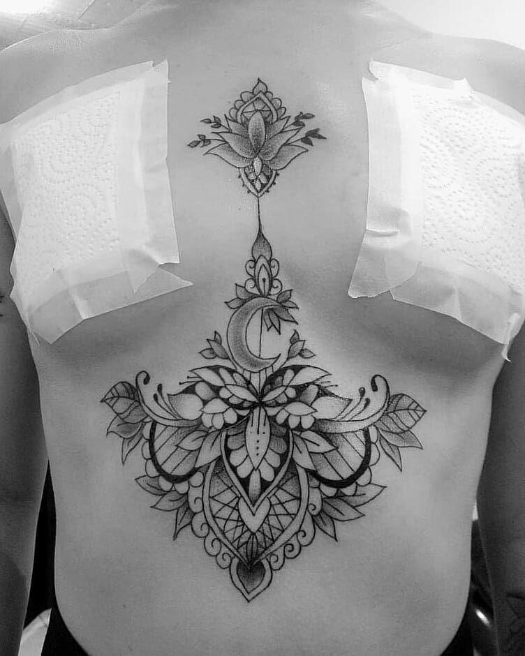Recien terminado #tattoomandala ,#tattoogirl #tattoos #tattooworkers #tattooart #tattoodo #tattoostyle #tattooer #tattooer #tattooink #tattooistartmag