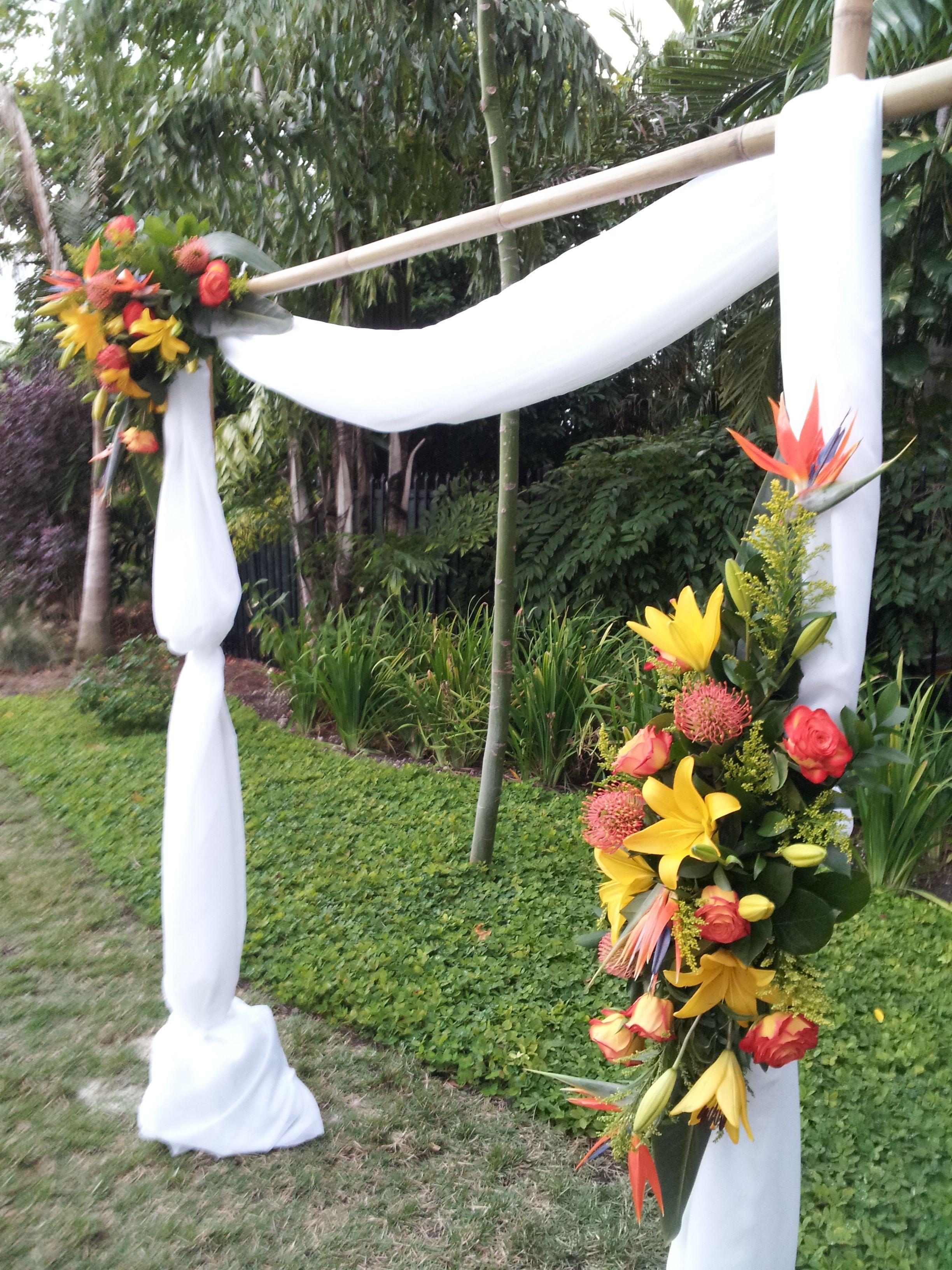 Set Up A Ceremony At The Miami Botanical Gardens Nice Tropical