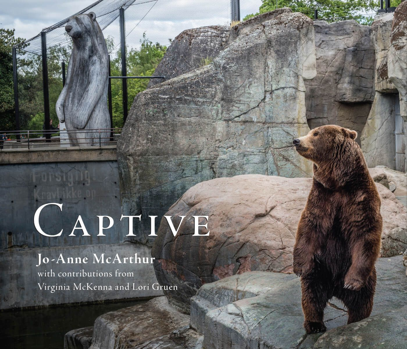 These Devastating Images of Captive Animals Will Break