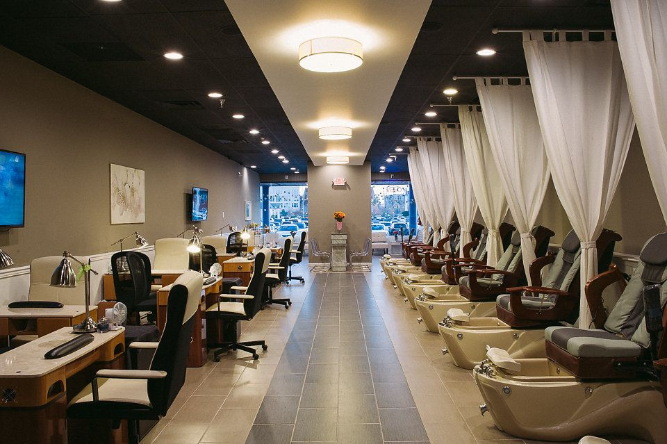 Nail Salon Annapolis MD - Annapolis Nails Spa | polish rack ...