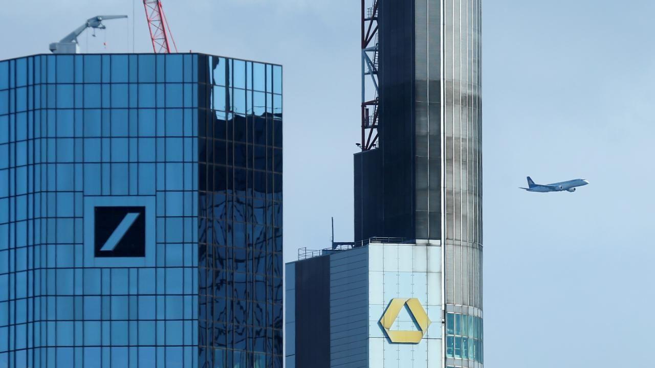 Deutsche Bank Will Cobank Deal Durchsetzen Staatsanleihen Geldhaus Anleihen