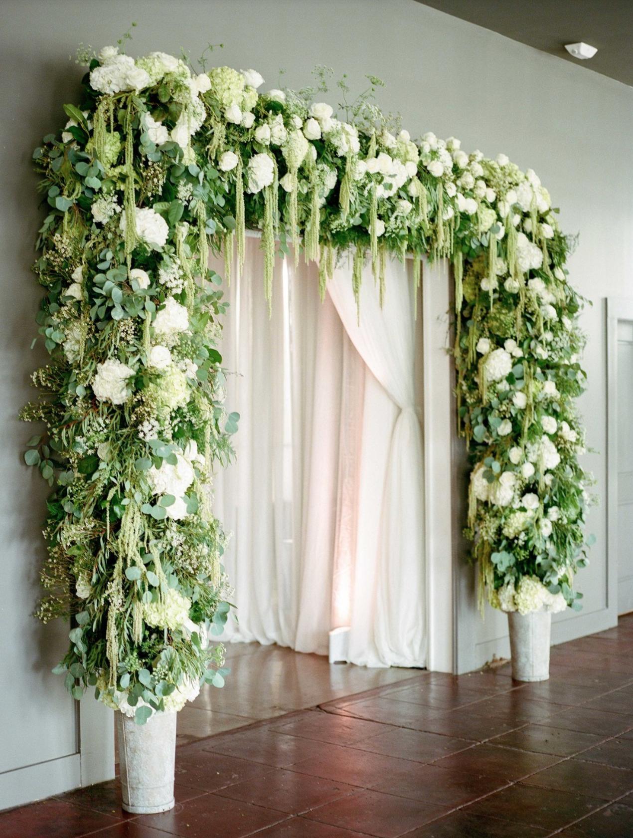 Kelli And Daniel Taylor Photography Event Planner Magnolia Vine Events Florals Thibodeaux S Floral Studio Rental Urban Wedding Floral Archway Wedding Arch