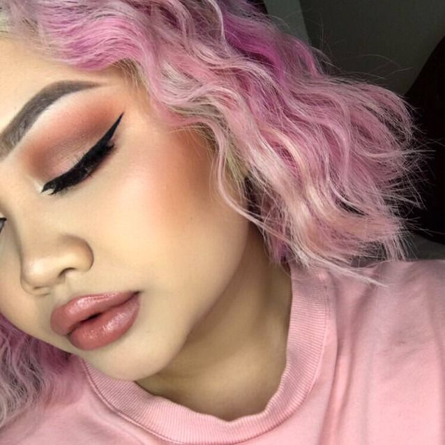 #TheBeautyBoard Makeup of the Day: All Peach Everything by Misunderstanding. Upload your look to gallery.sephora.com for the chance to be featured! #Sephora #MOTD