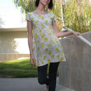 Spring DIY Pillowcase Dress | AllFreeSewing.com  Cute Mama dress! ~Kat~