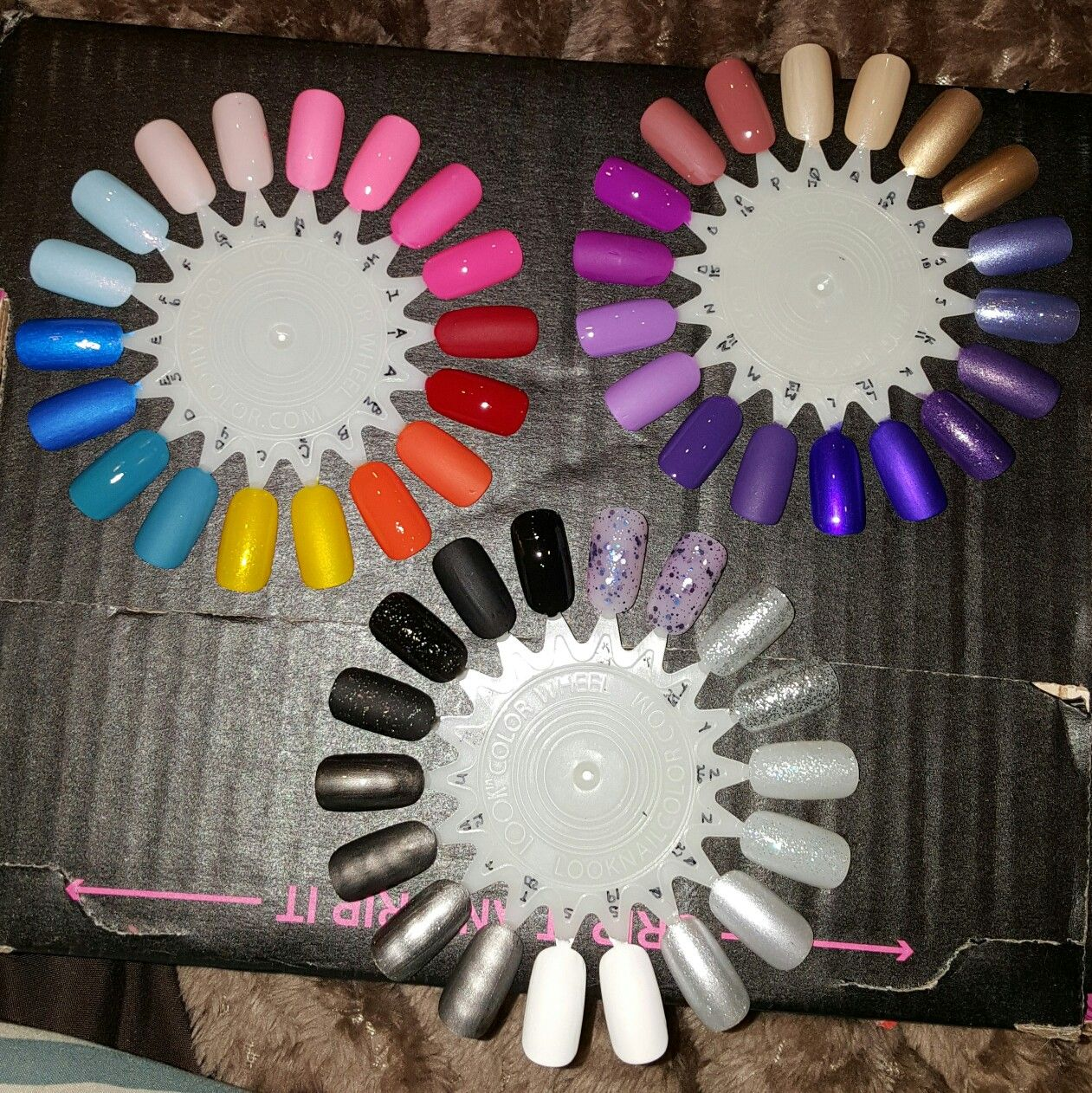 Nail polish color wheel. Great to have to view all your colors. | My ...