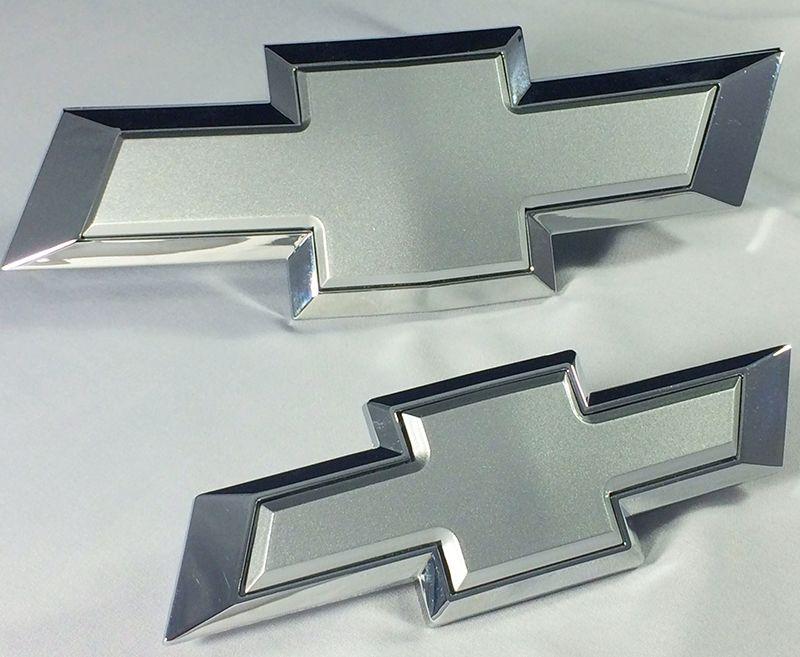 Cruze Insert Silver Ice Metallic Front Rear Bowtie Emblem Kit