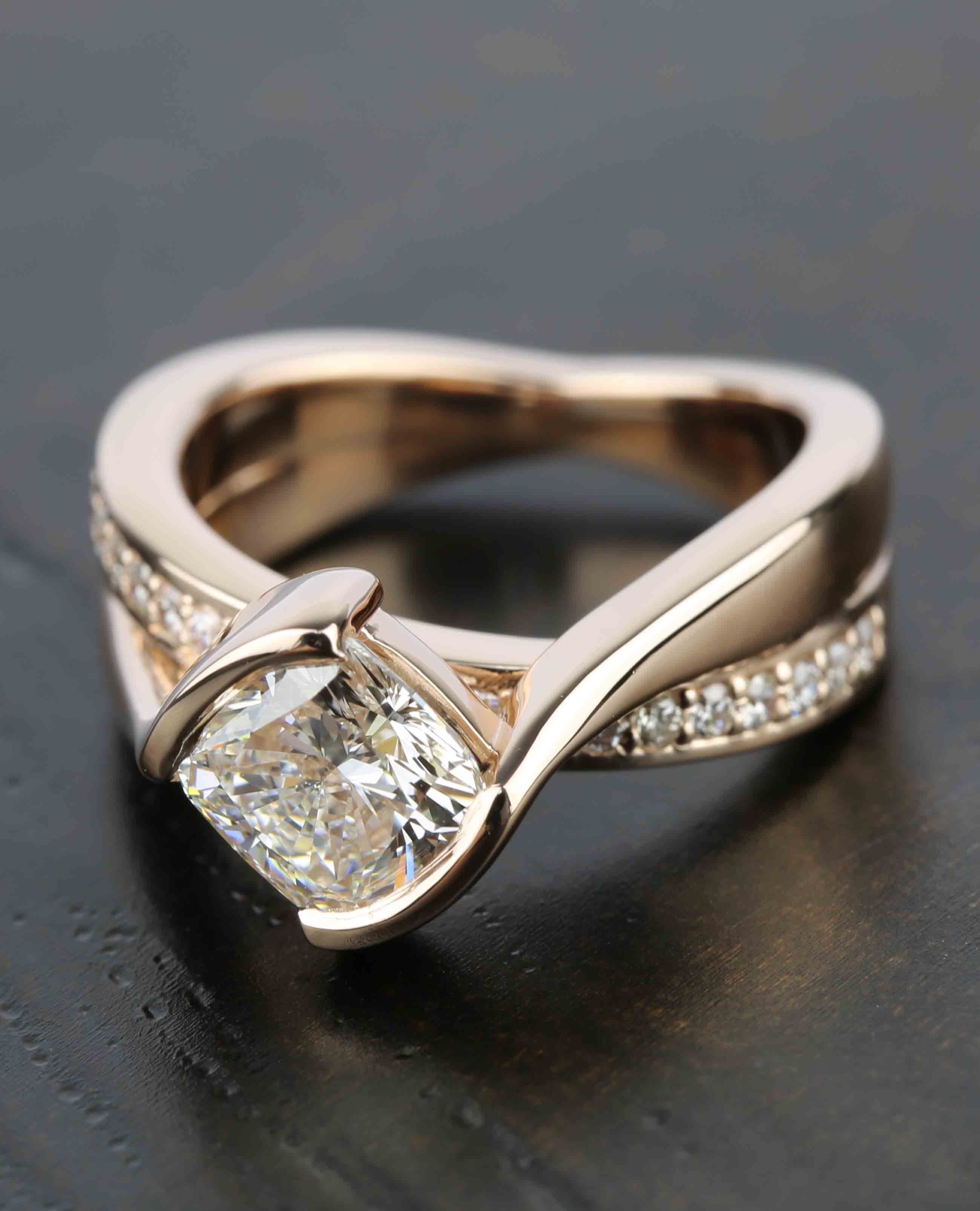 The epitome of vintage glamour this ring stands apart with a