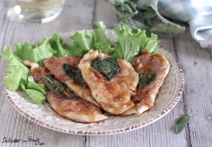 Ricetta dei Saltimbocca di pollo, con prosciutto crudo e salvia. Un'alternativa, più economica, dei classici saltimbocca alla romana, ma non meno golosa.