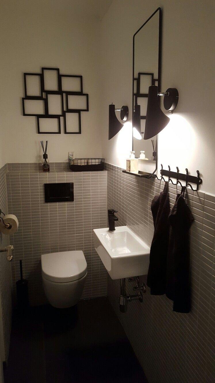 Toilet Bathroom Modern Black And White Villeroy Und Boch Subway Von Villeroy Und Boch Gaste Wc Kleine Gastebadezimmer Waschbecken Gaste Wc