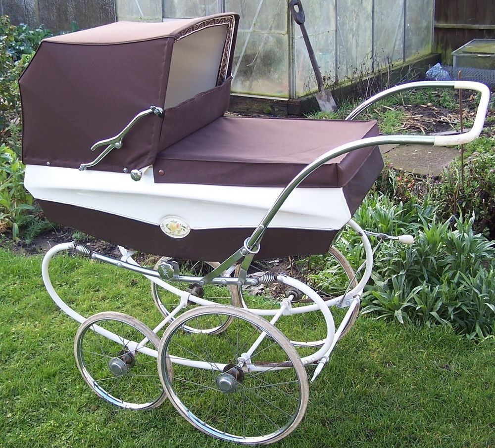 vintage coachbuilt carriage pram pedigree kinderwagen en zo pinterest pram stroller and babies. Black Bedroom Furniture Sets. Home Design Ideas