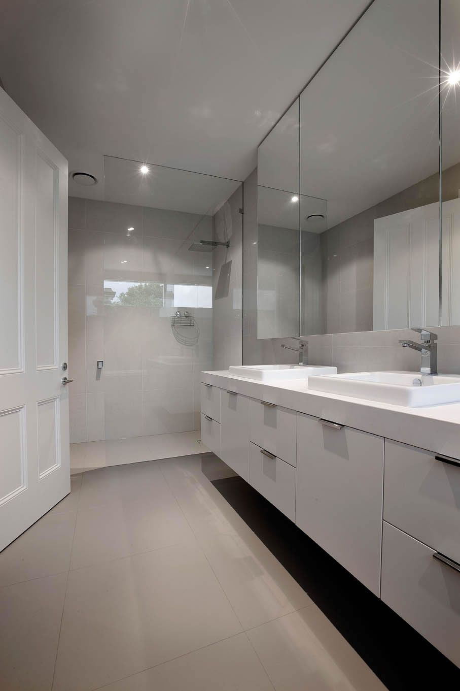 Canny Renovations In Hawthorn Melbourne Home Renovations Architectural House Small Bathroom Renovations Bathroom Renovations Melbourne Bathroom Renovations