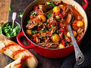 Beef and red wine stew recipe beef and red wine stew yahoo7 food food beef and red wine stew recipe forumfinder Image collections