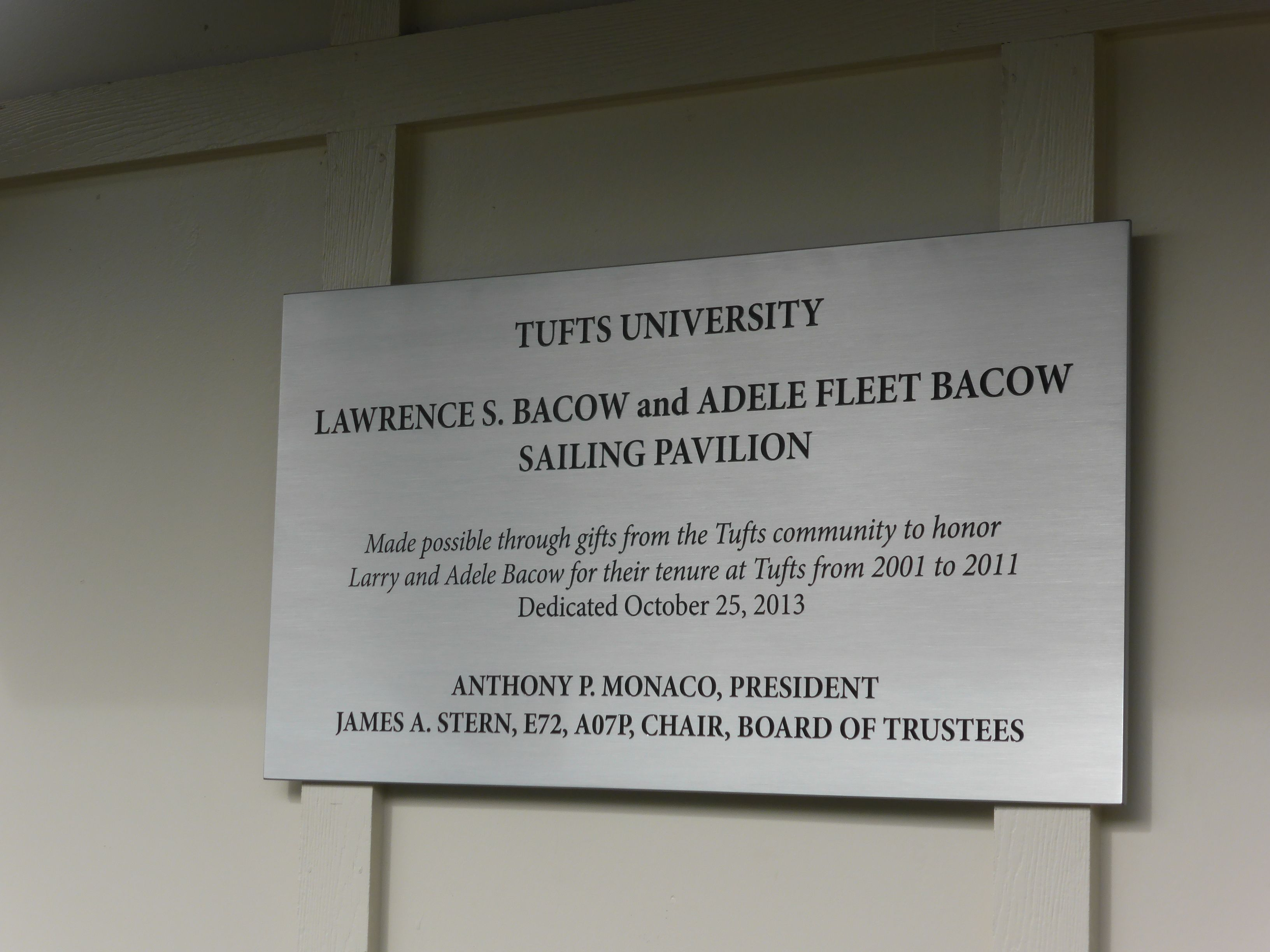 Tufts Sailing Pavillion Outdoor Donor Recognition Plaque