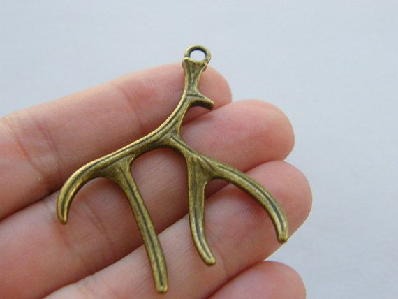 2 Antler charms antique bronze tone BC42 by nicoledebruin on Etsy