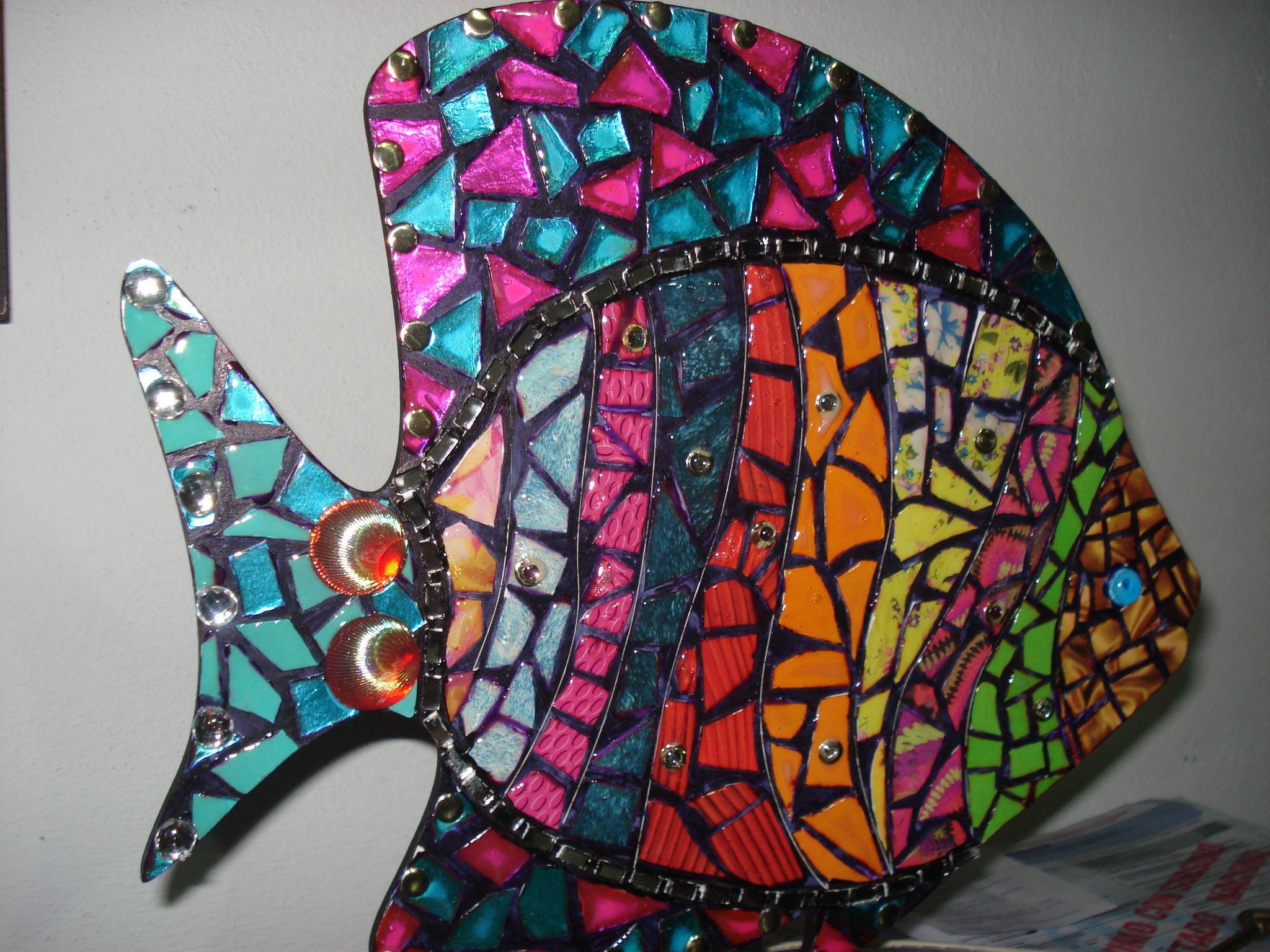 pez en colage o falso mosaiquismo