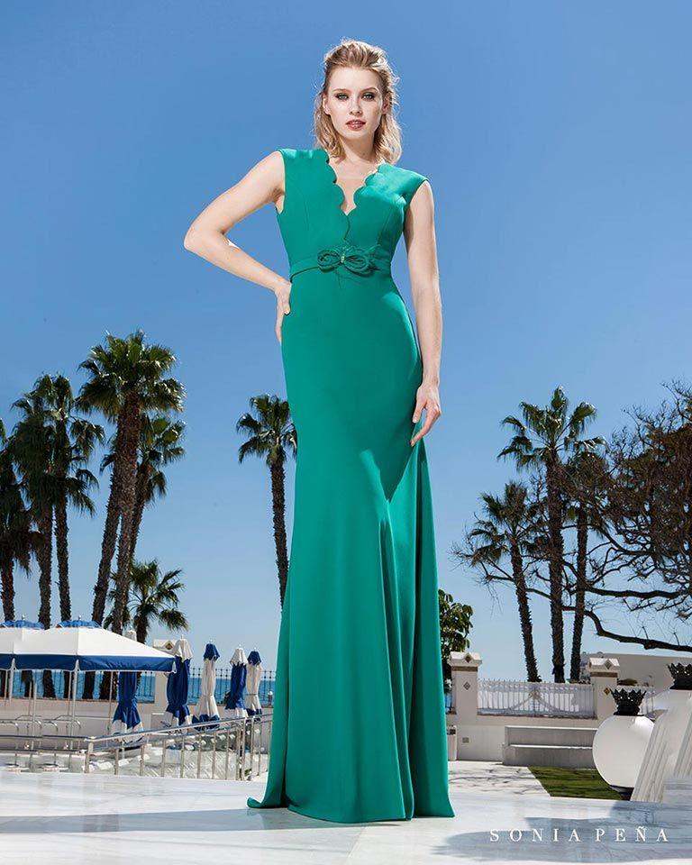 9a960a1e99 Vestidos de fiesta 2019. Colección Primavera Verano 2019 Balcón del Mar. Sonia  Peña - Ref. 1190174 Vestido con chal