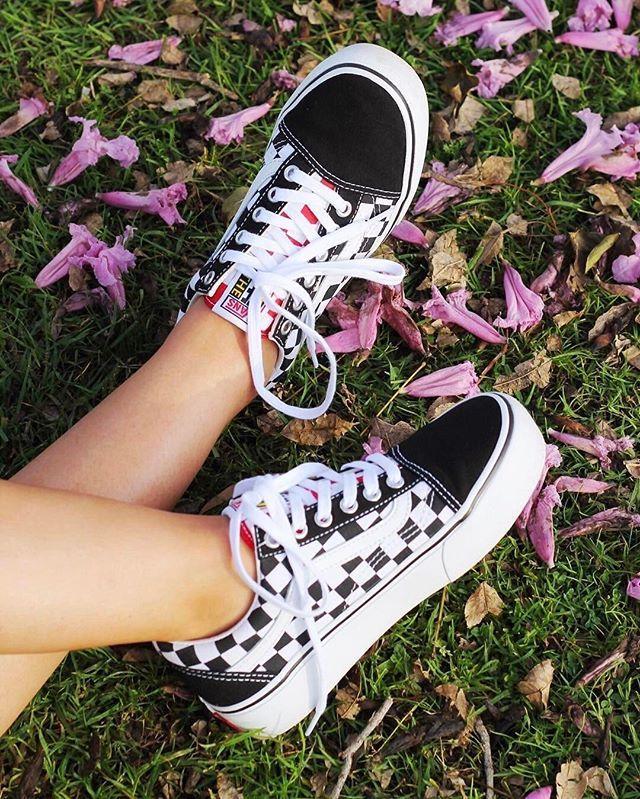 d886c5411bf0 Vans   UO Old Skool Platform Sneaker Urban Outfiiters Cute Trendy ...