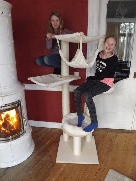 kratzbaum joy handarbeit massivholz von pet fun. Black Bedroom Furniture Sets. Home Design Ideas