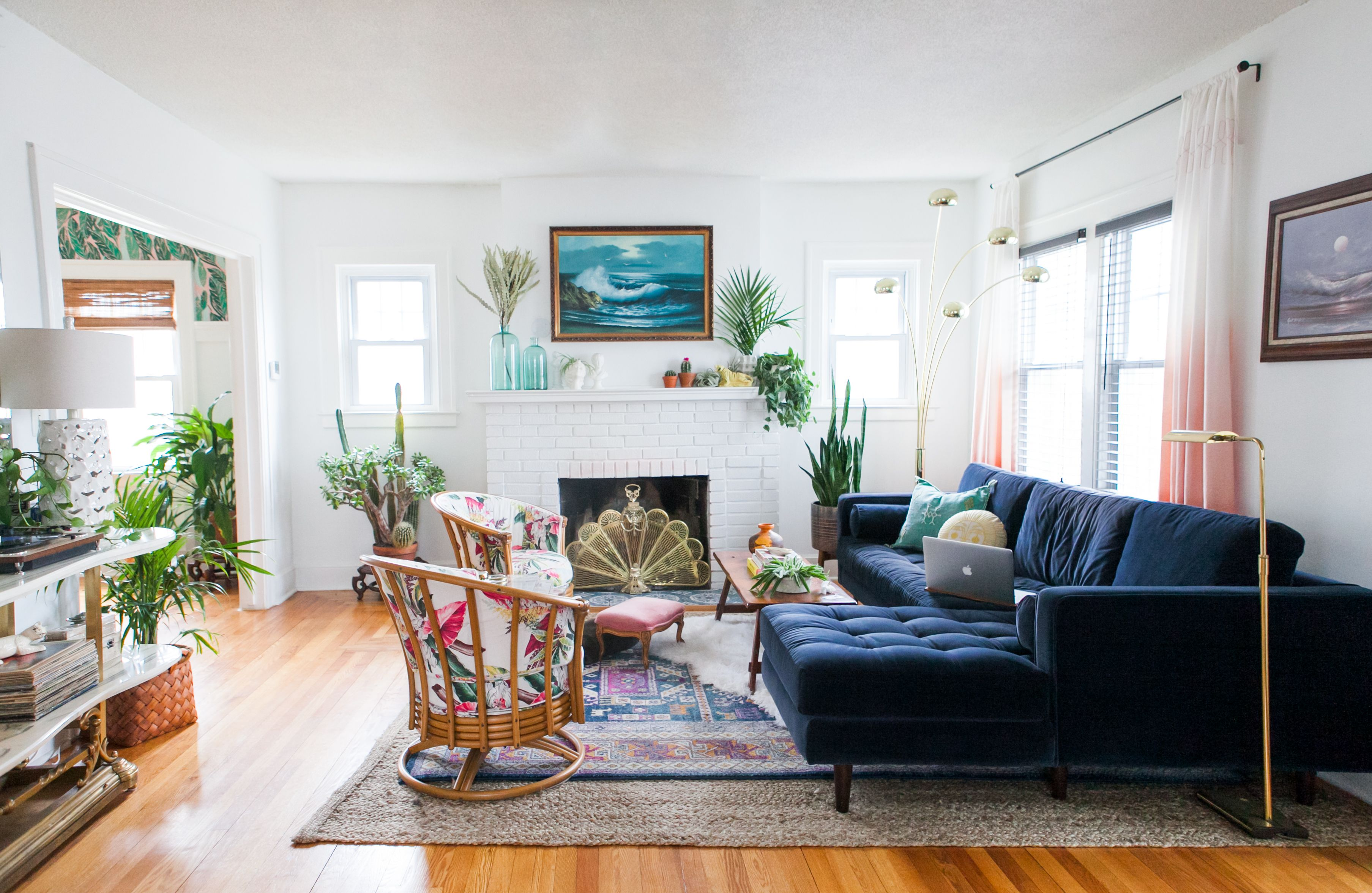Modern Eclectic Glamazon Is Our New Favorite Decor Style Thanks To This Bungalow Hunker Blue Sofas Living Room Velvet Sofa Living Room Velvet Couch Living Room